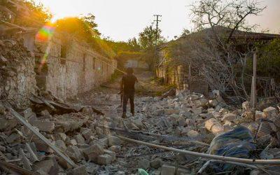Armenia and Azerbaijan at War